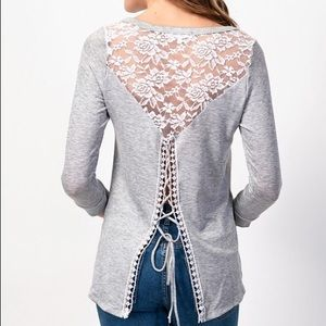 🆕Beautiful Back Detailed Top